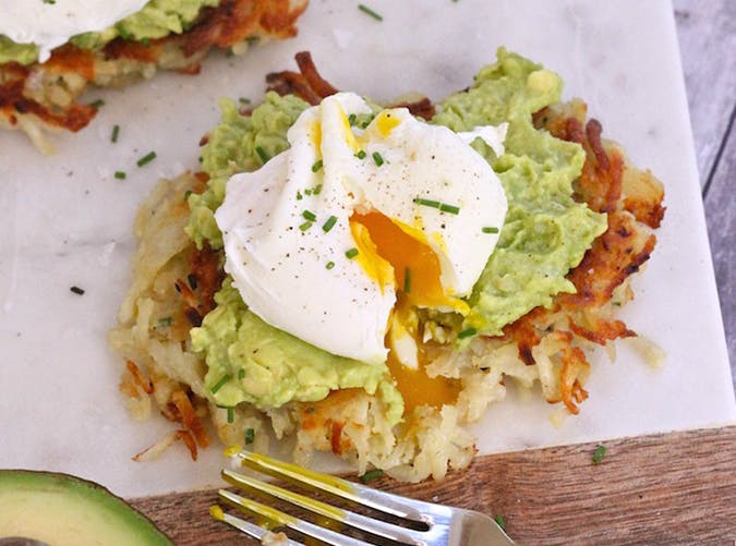Potato Avocado Toast with Poached Eggs vegetarian whole30 recipes