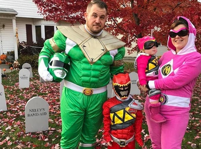 Power Rangers family Halloween costume  sc 1 st  PureWow & 30 Adorable Family Halloween Costume Ideas - PureWow