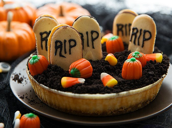 Quick and easy no bake halloween cheesecake