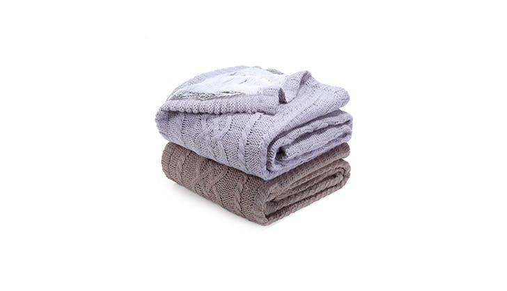 cozy blankets under 100 6