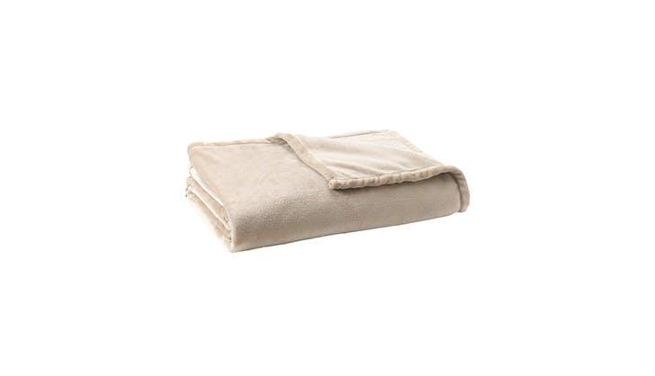 cozy blankets under 100 8