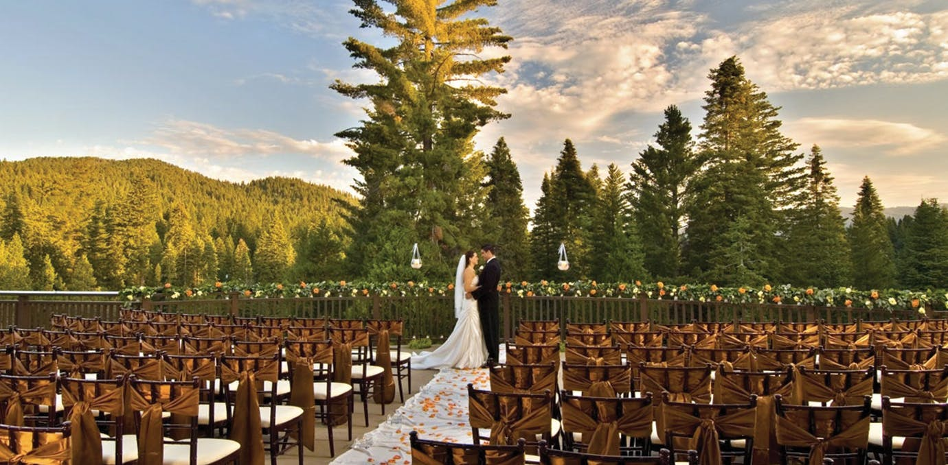 The 11 most beautiful places in the u s to get married in Places to have a fall wedding