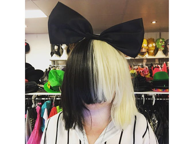 halloween costume sia SLIDE
