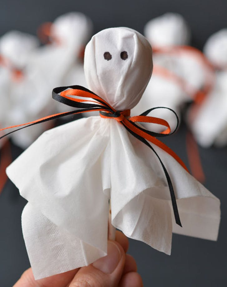 10 Adorable (and Easy) Halloween Crafts for Kids - PureWow