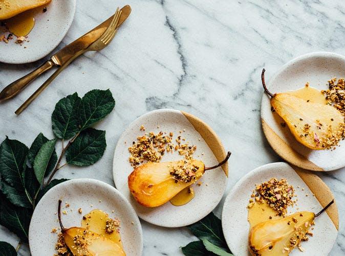 honey roasted pears quinoa nut crunch 501