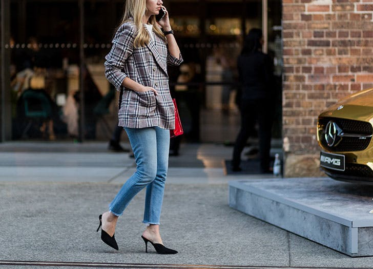 how to wear jeans to work plaid blazer