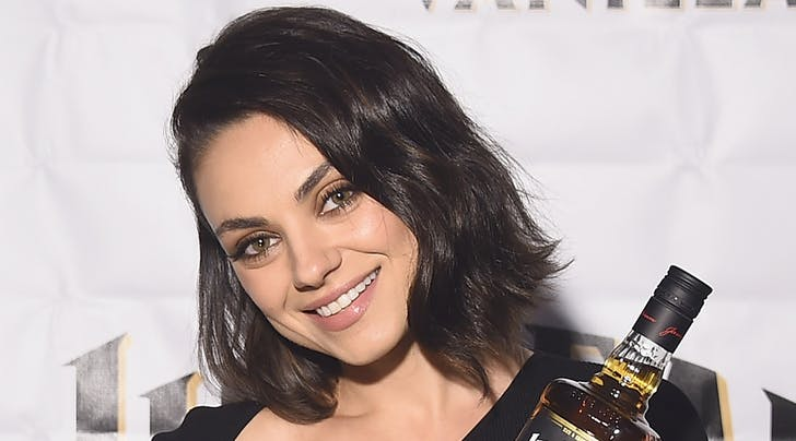 Mila kuniss new haircut purewow mila kuniss new mom bob is so chic and doable urmus Image collections