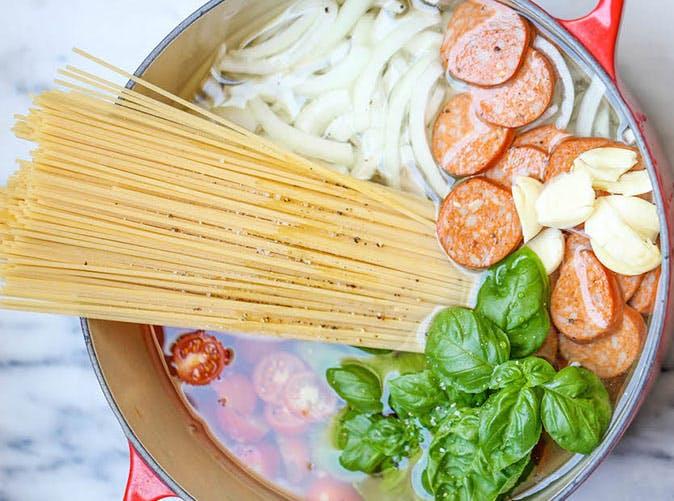 one pot sausage tomato pasta 501