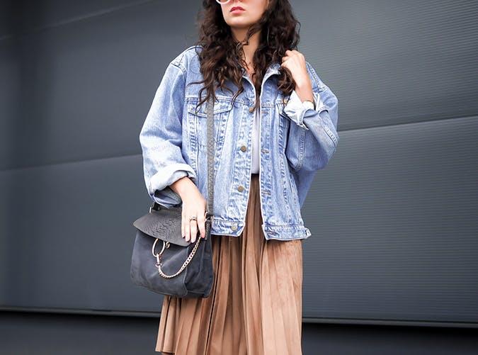 oversized denim jacket blogger fall 2017
