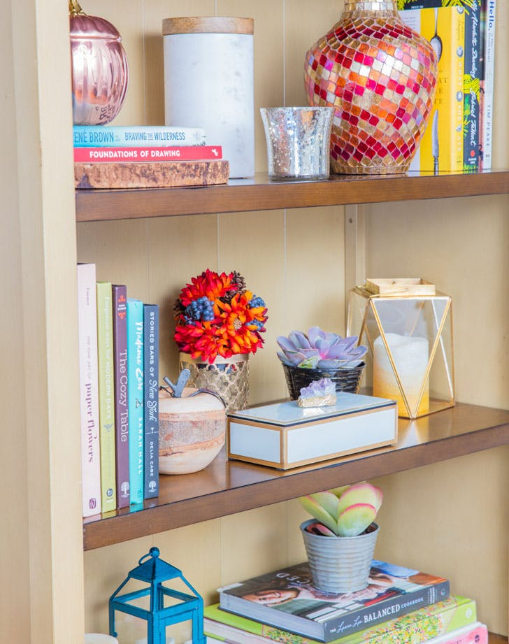 pier 1 styling bookshelves