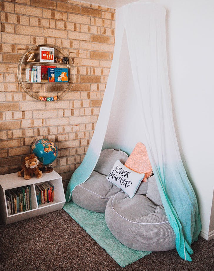 Reading nook ideas for kids purewow for Kids reading corner ideas