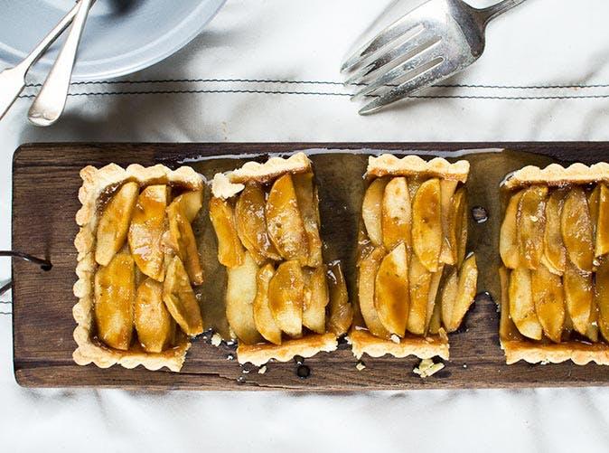 salted caramel apple tart 501