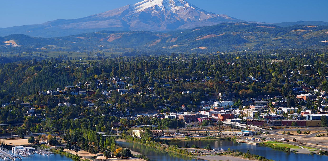 Cute town of Hood River in Oregon