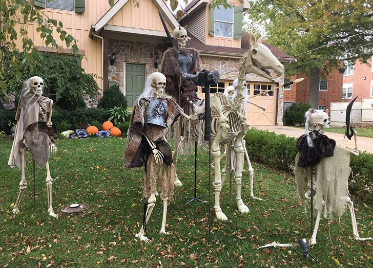 Halloween Yard.The Got Halloween Decor You Have To See Purewow