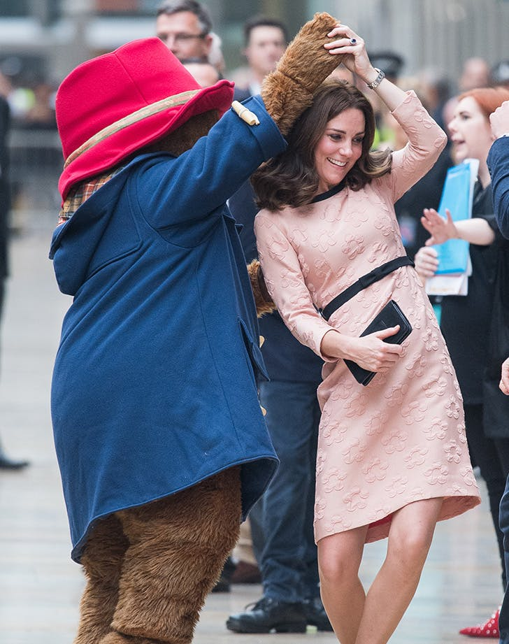 Kate Middleton Paddington Bear dance baby bump1