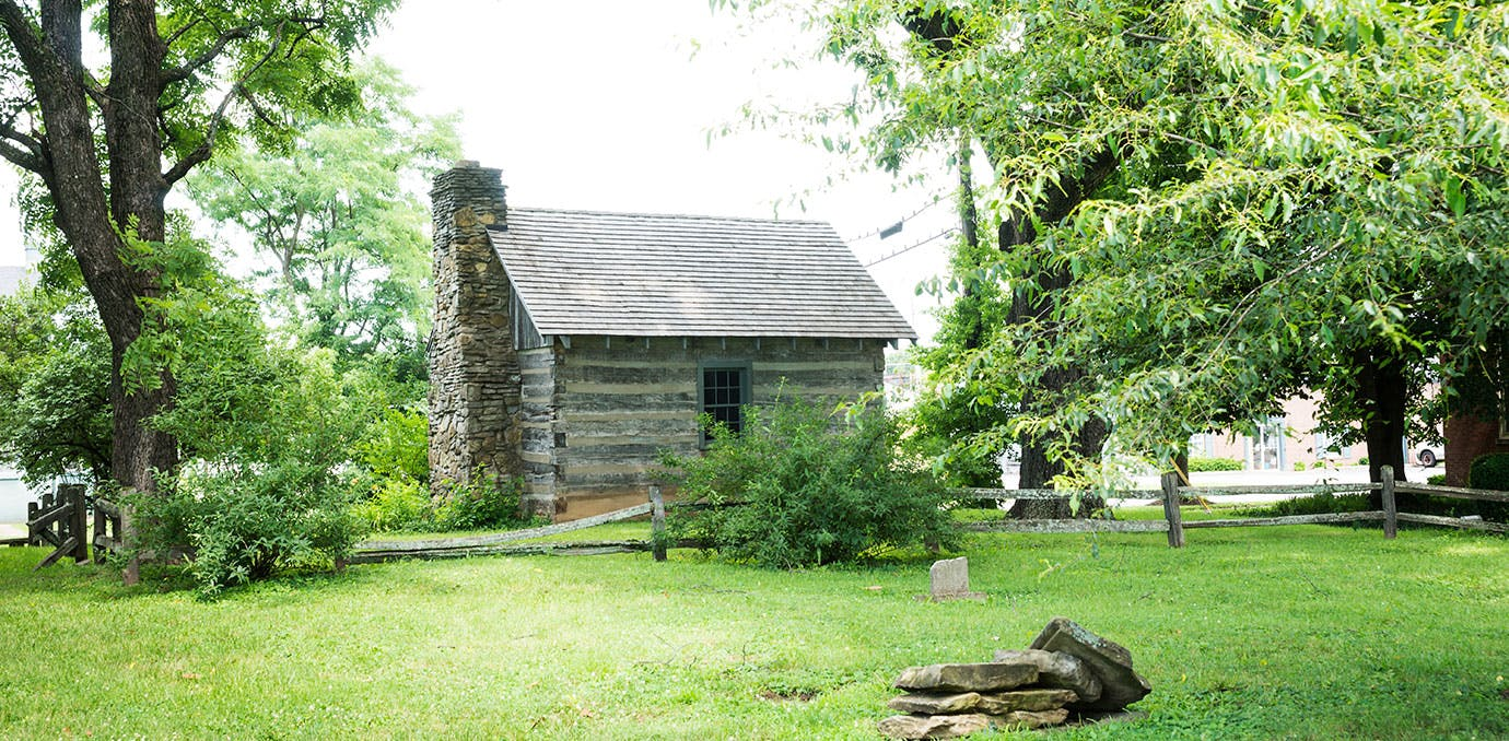 Old log schoolhouse cabin in historic Bardstown  Kentucky1