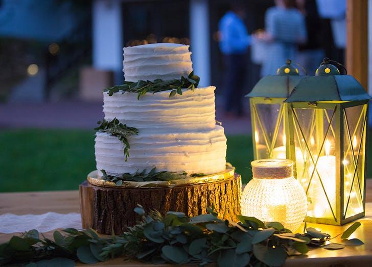 VT Wedding Cake