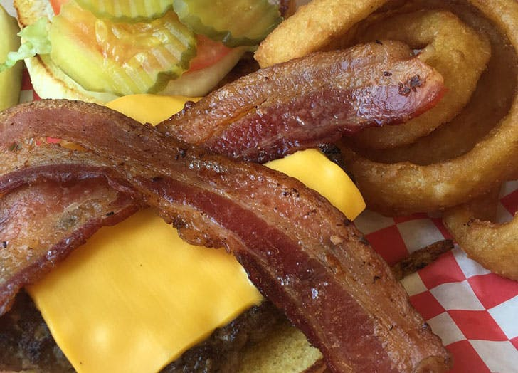 Wyoming  Jodys Diner burger with bacon