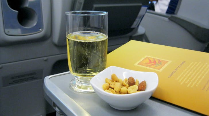 Cheers to That: Delta Is Now Offering Free Prosecco on International Flights
