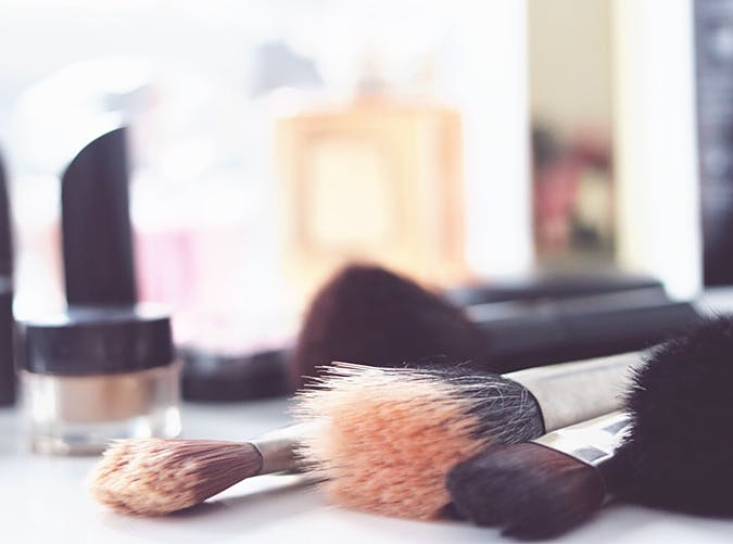clean your makeup brushes the best skin care tips