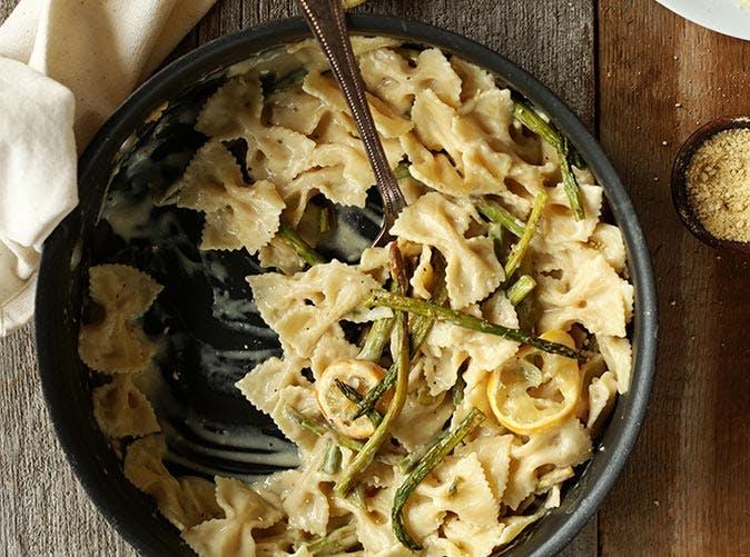 creamy vegan lemon asparagus pasta 501