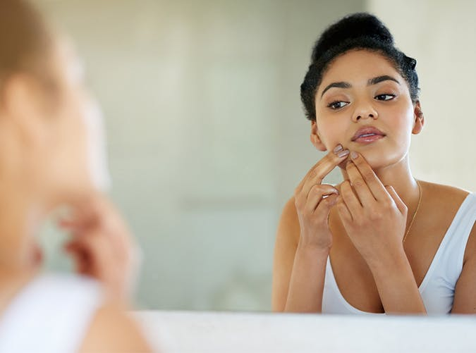 don t pick touch your face the best skin care tips