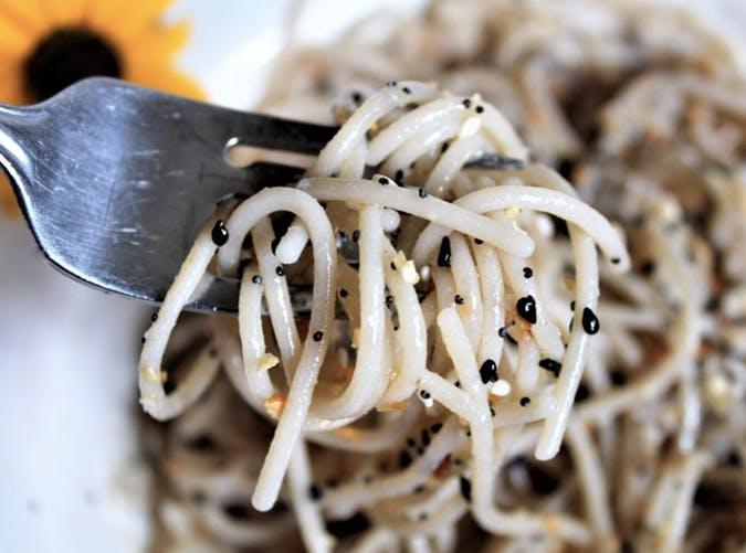 everything bagel sesame noodles SLIDE