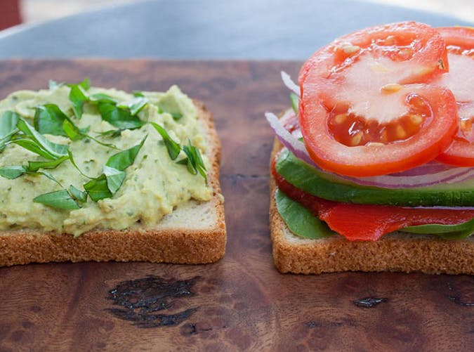 filling healthy sandwiches 4