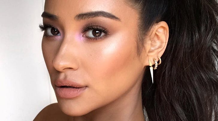 How to Wear Purple Highlighter (the Surprisingly Subtle Next Big Thing in Beauty)