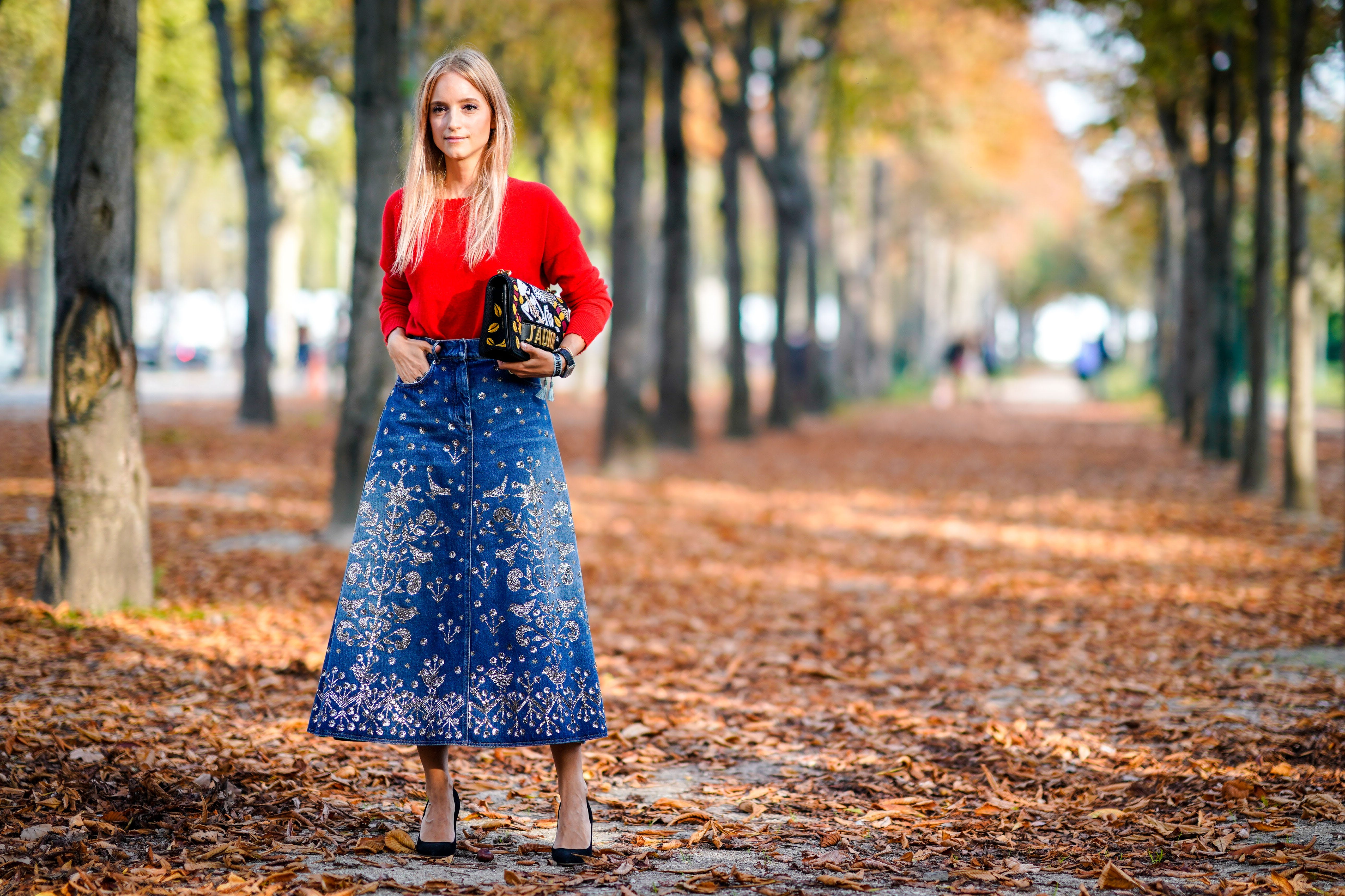 paris street style denim skirt og