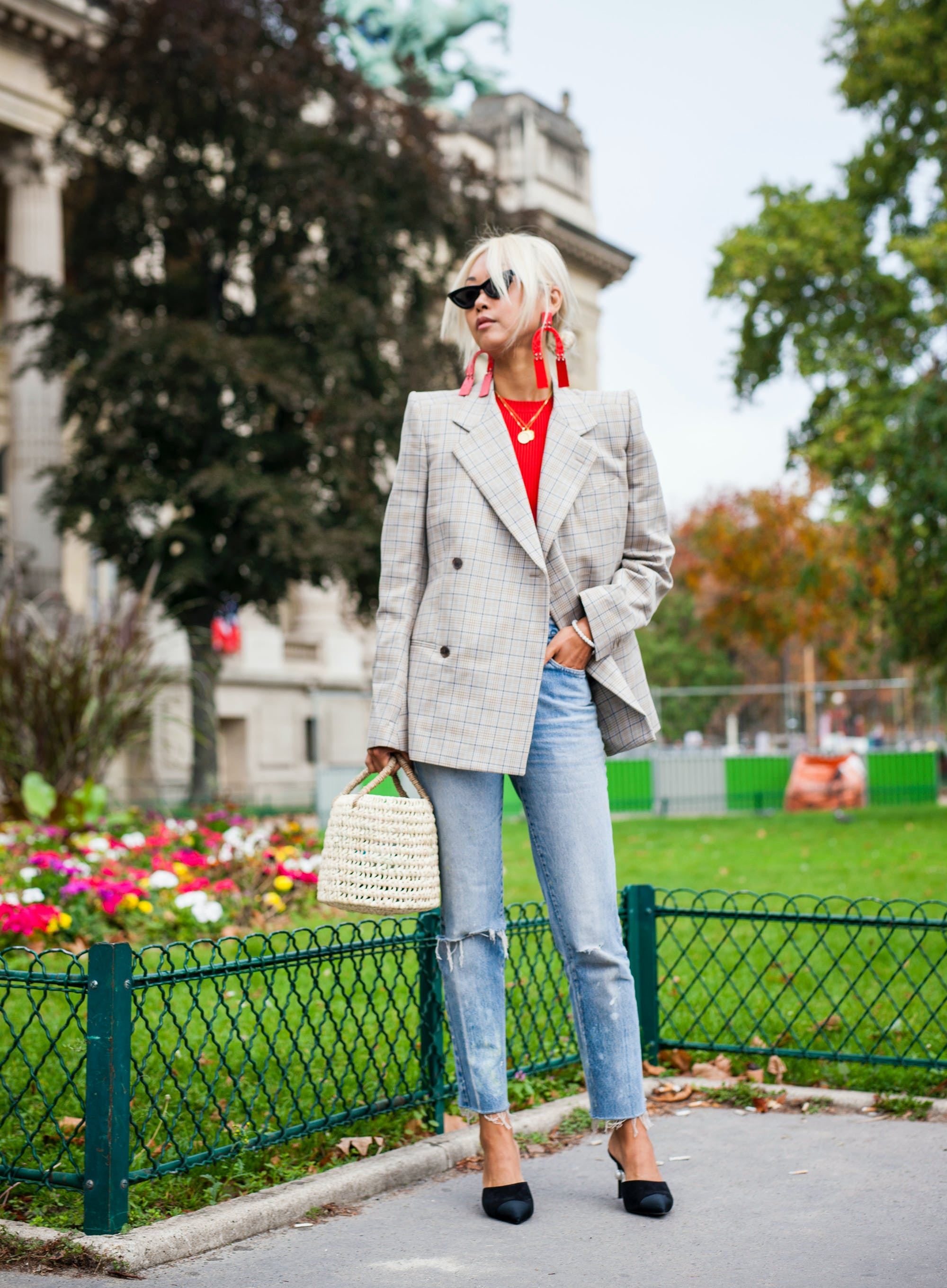 paris street style plaid blazer