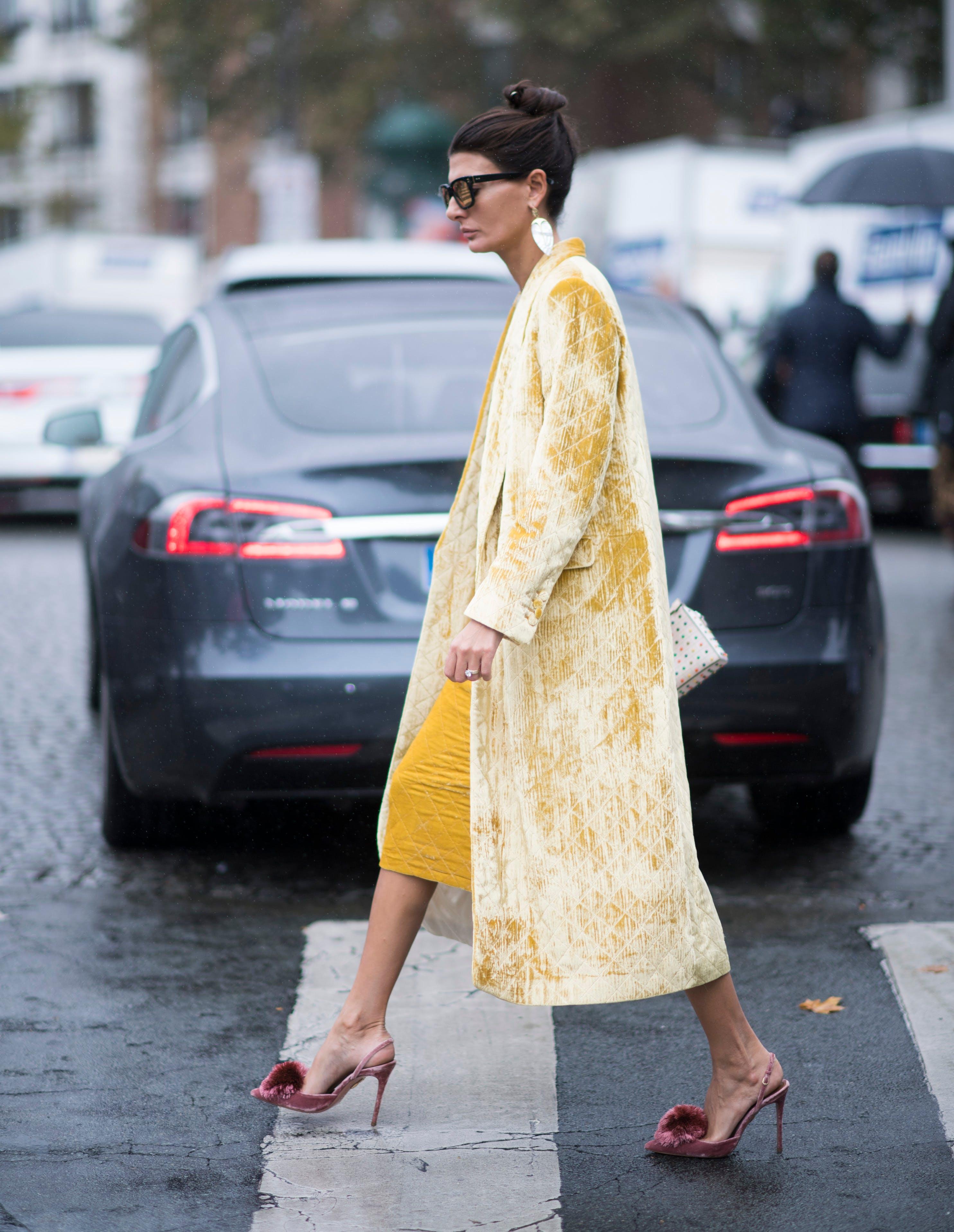 paris street style velvet coat