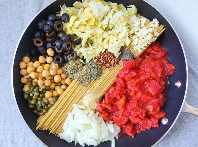 23 healthy pasta recipes under 500 calories purewow pasta puttanesca 501 forumfinder Image collections