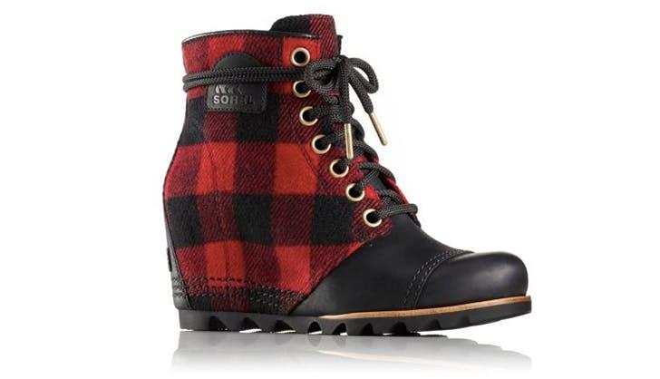 sorel plaid cute winter boots