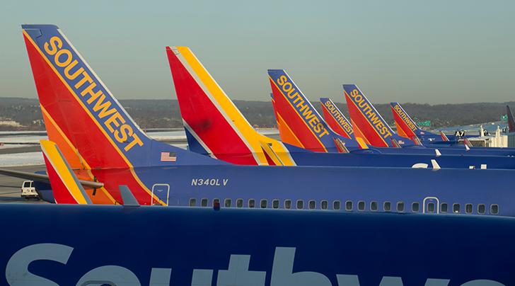 72-hour Southwest sale kicks off, roundtrip fares for under $100 available