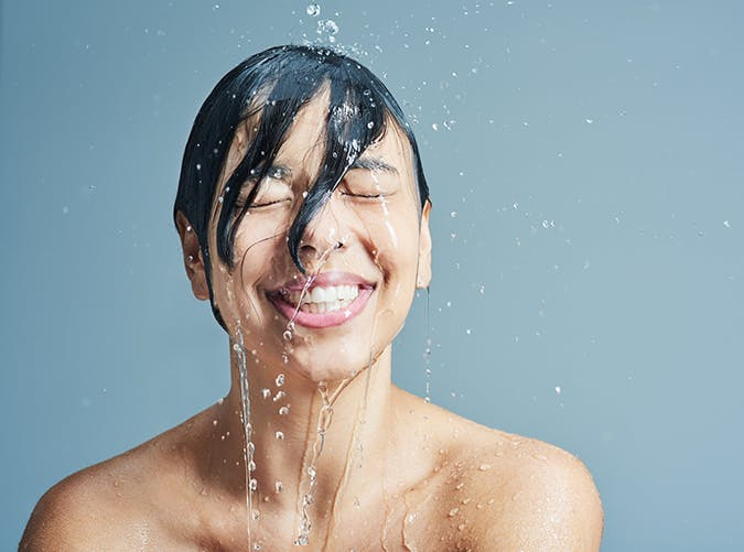 take warm not hot showers the best skin care tips
