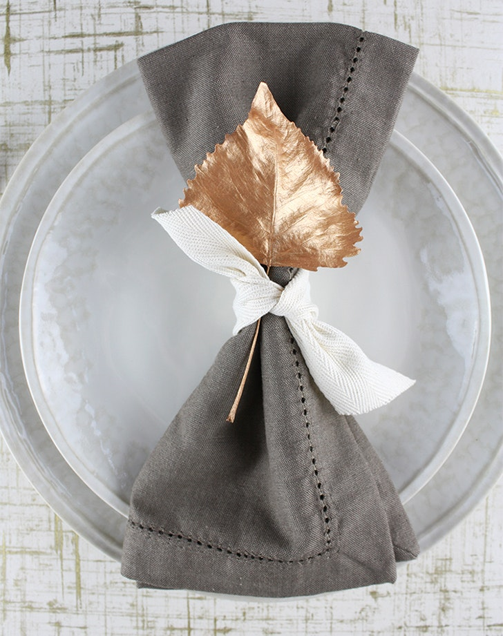 Fasten Painted Gold Leaves To Your Napkins & 10 Original Thanksgiving Table Setting Ideas - PureWow
