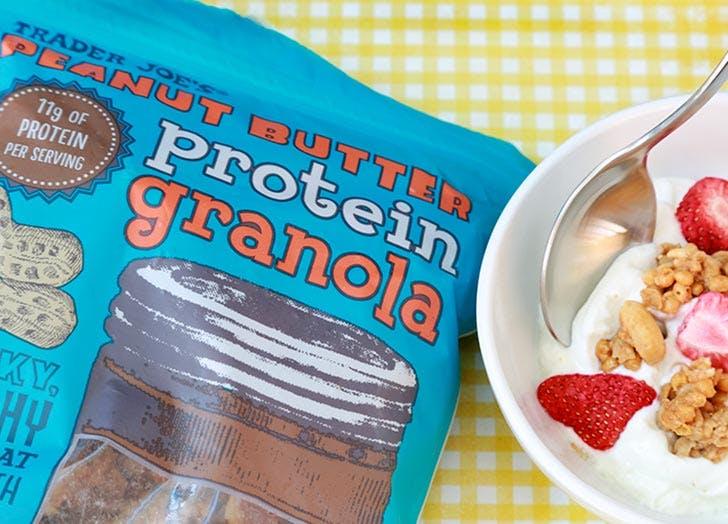 trader joes peanut butter granola 524