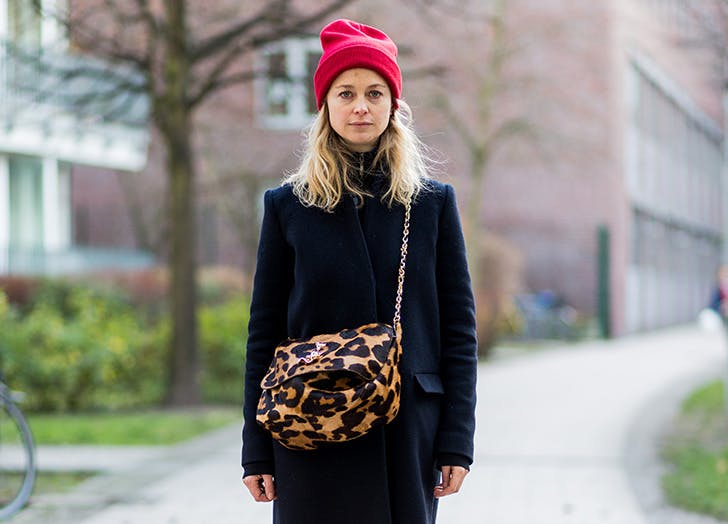 winter hat trends red