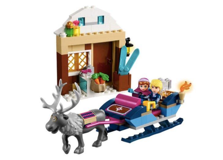 Anna and Kristoffs Sleigh Adventure Lego set