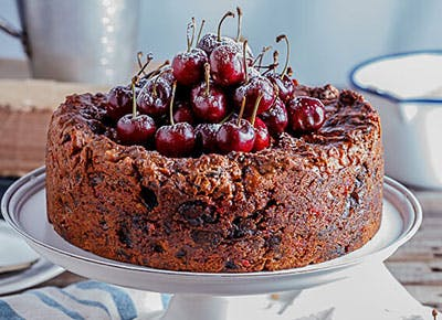Classic Fruitcake with Salted Maple Syrup 400