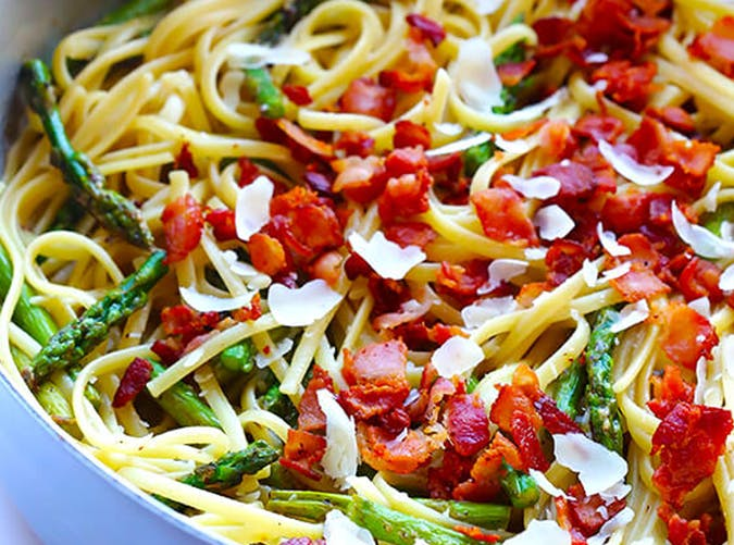 Five Ingredient Bacon Asparagus Pasta 15 minute recipe