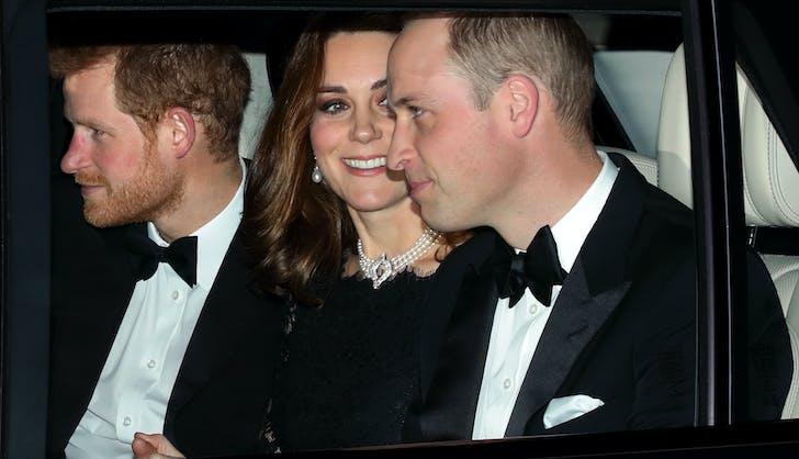 Kate Middleton Queen Elizabeth pearl diamond choker