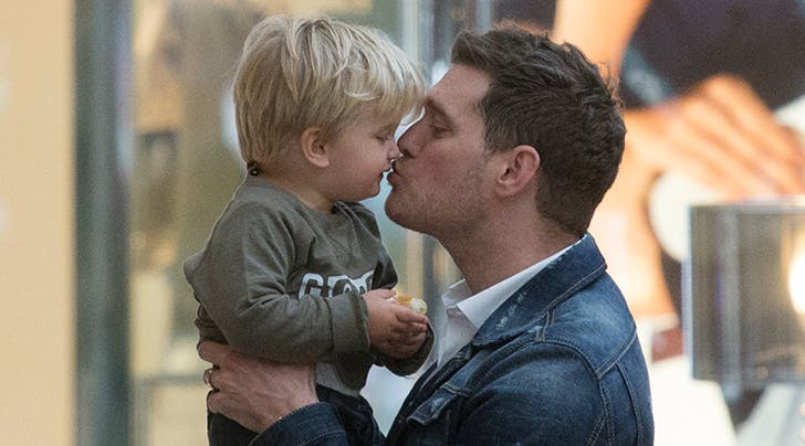 Michael Bublé Announces First Performance Since Son Noahs Cancer Diagnosis
