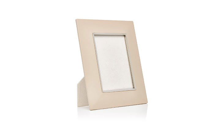 Moda Operandi Leather Photo Frame