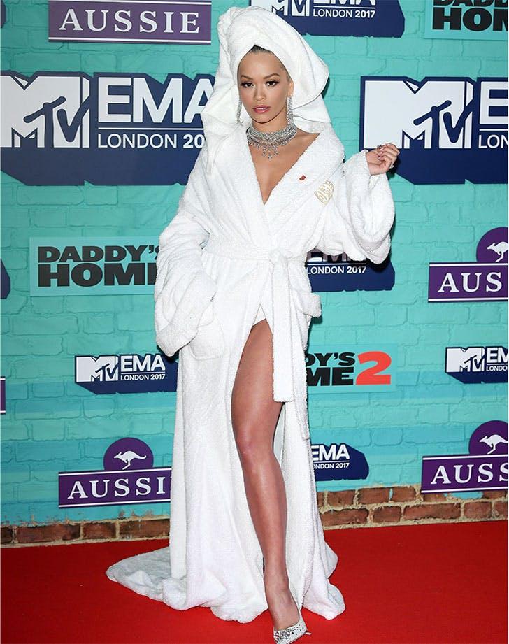 Rita Ora bathrobe European Music Awards