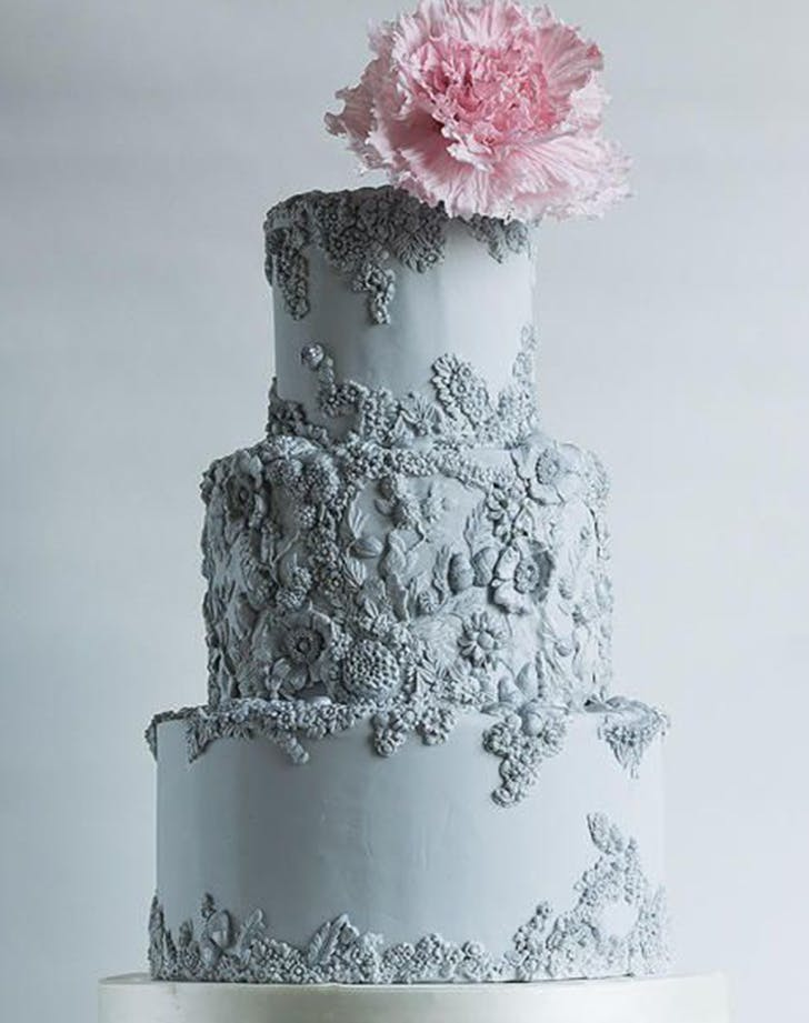 bas relief cakes wedding trend 1