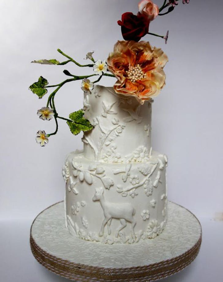 bas relief cakes wedding trend 3