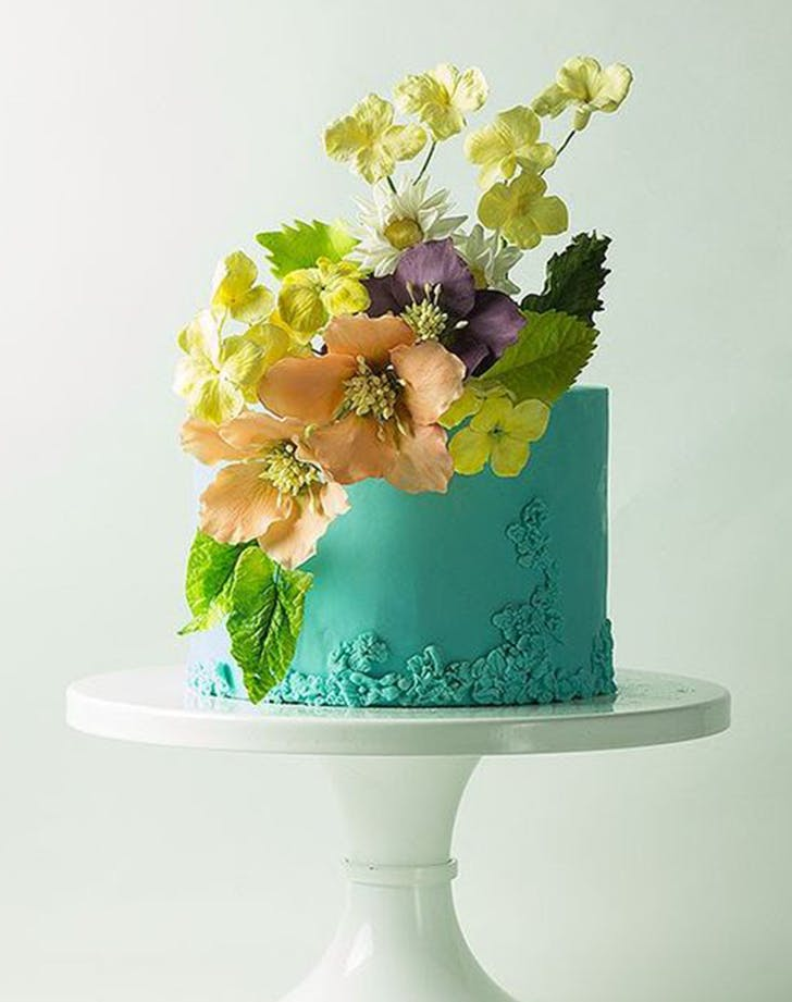 bas relief cakes wedding trend 4