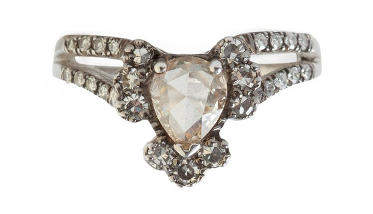 catbird nyc upside down engagement ring trend